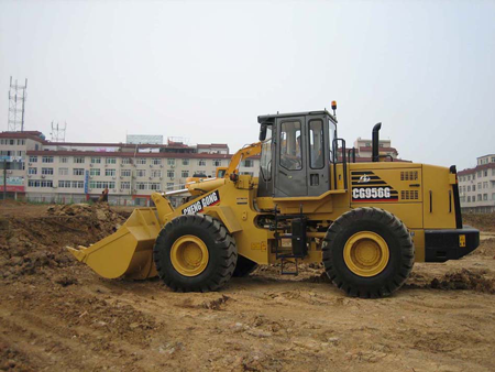 How-To-Inspect-A-Used-Wheel-Loader-1