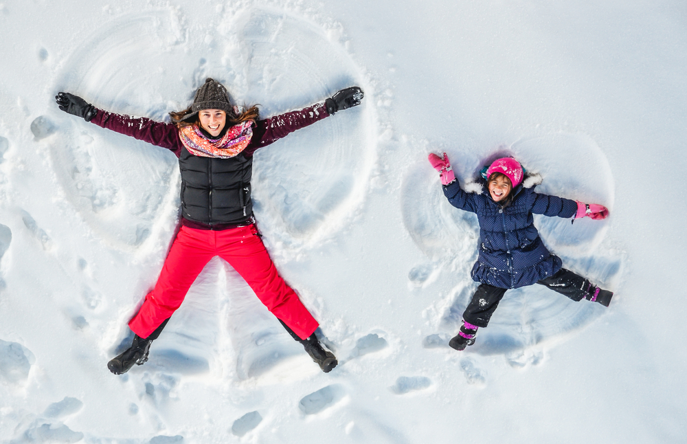 Outdoor-Winter-Fun-with-Your-Kids