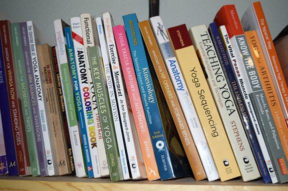 books-yoga
