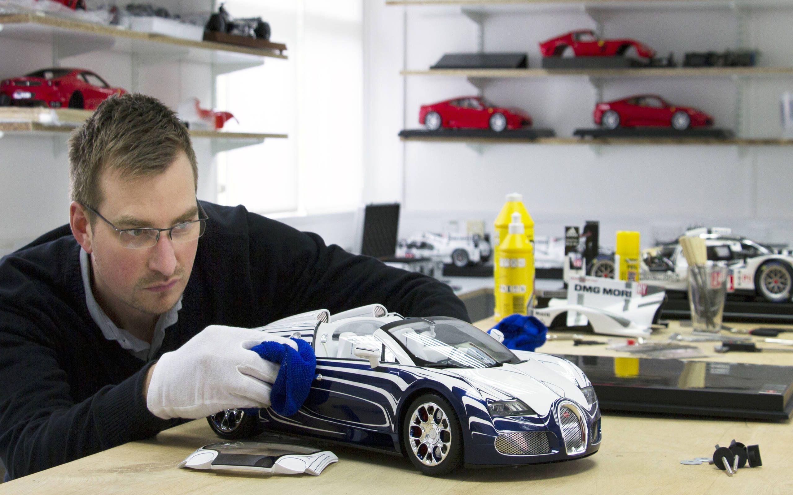 Scale Model Cars Bugati