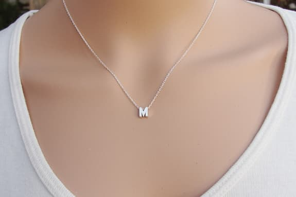 silver_necklace