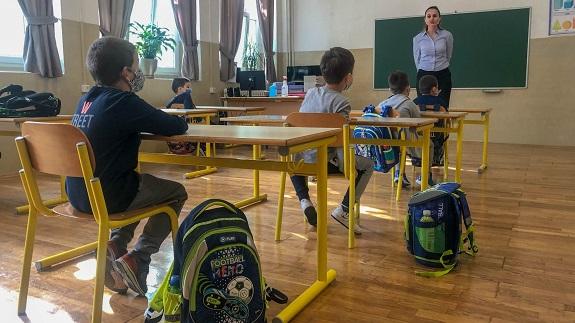 School-Laminate