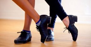 Tapping shoes