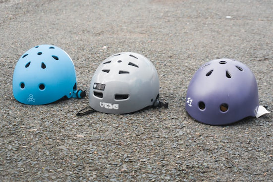 different type of skating helmets