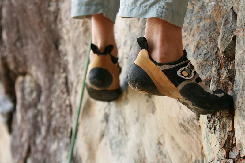 climbing shoes for rock climbing
